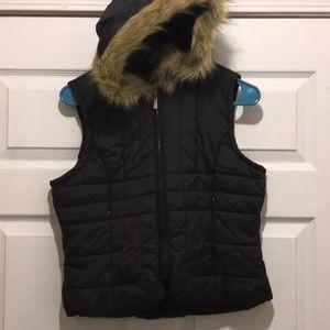 Charlotte Russe faux fur hoodie vest in black
